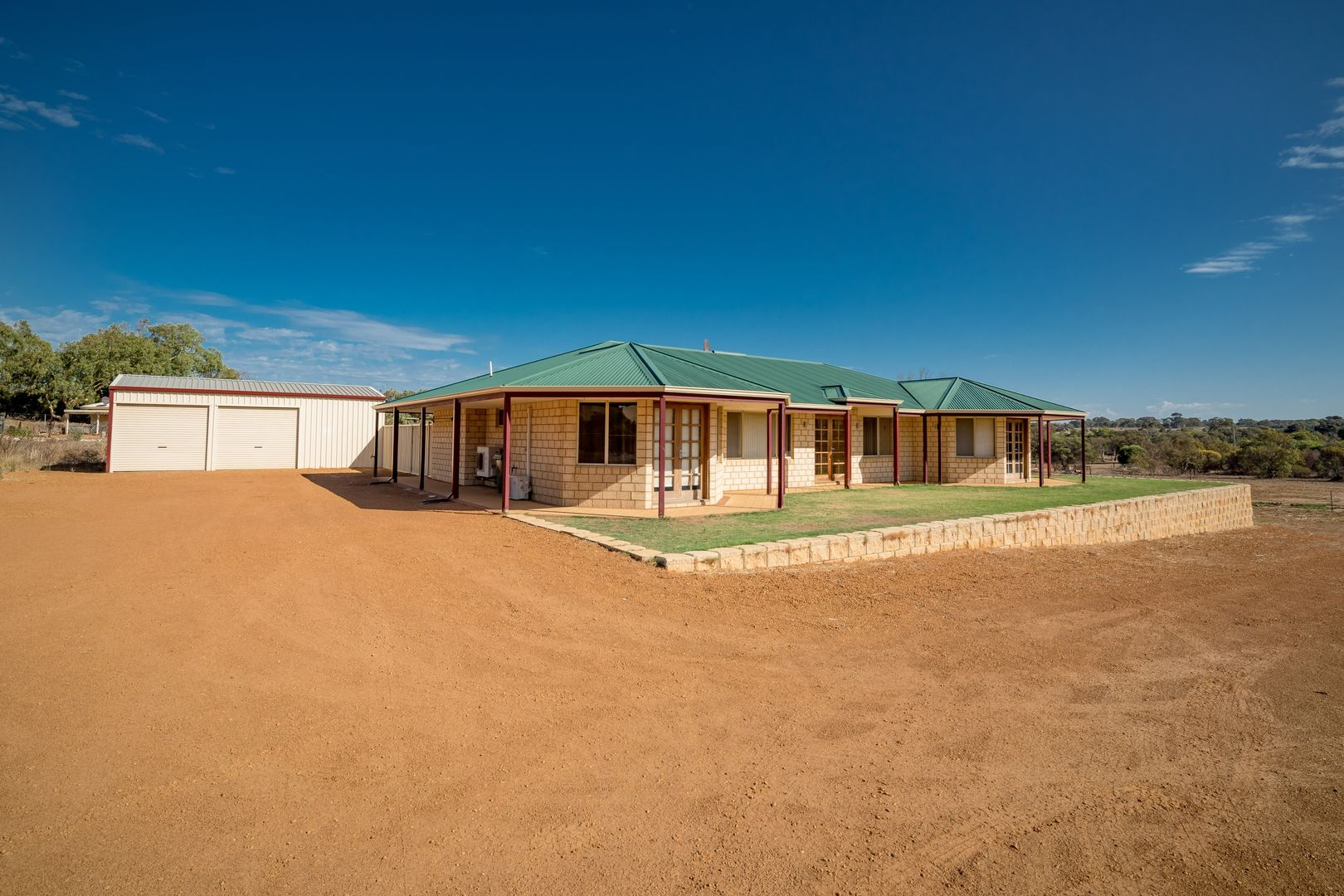 10 Hill Creek Road, Moresby WA 6530, Image 2