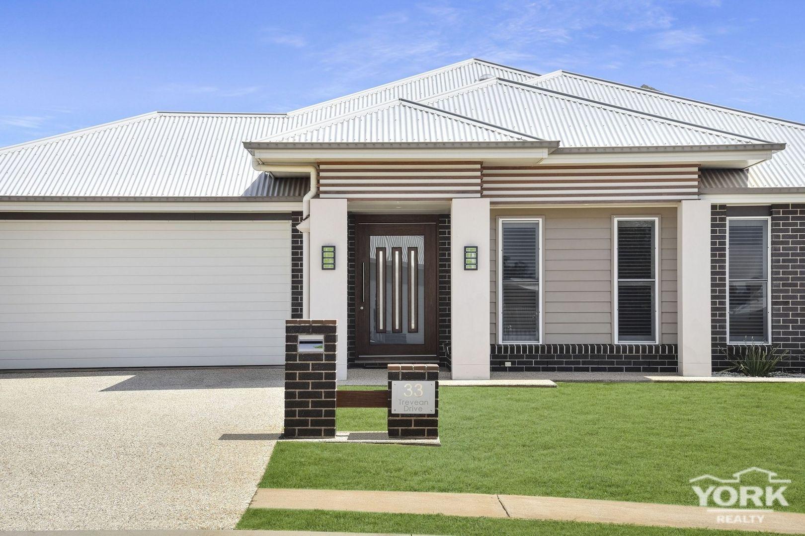 33 Trevean Drive, Kleinton QLD 4352, Image 1