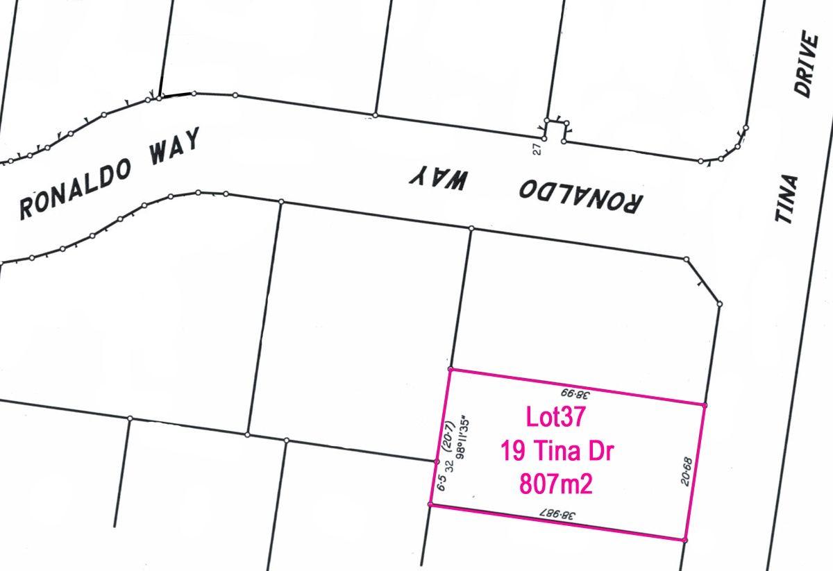 19 Tina Drive, Urangan QLD 4655, Image 2