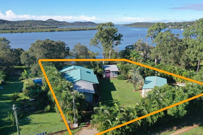 Picture of 42 Carissa St, RUSSELL ISLAND QLD 4184