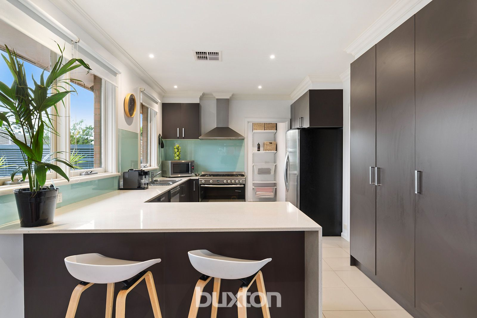 10 Dover Street, Bentleigh East VIC 3165, Image 2