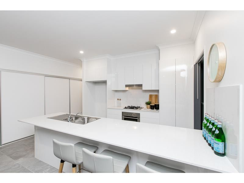 23 Riverbend Court, Lawnton QLD 4501, Image 2