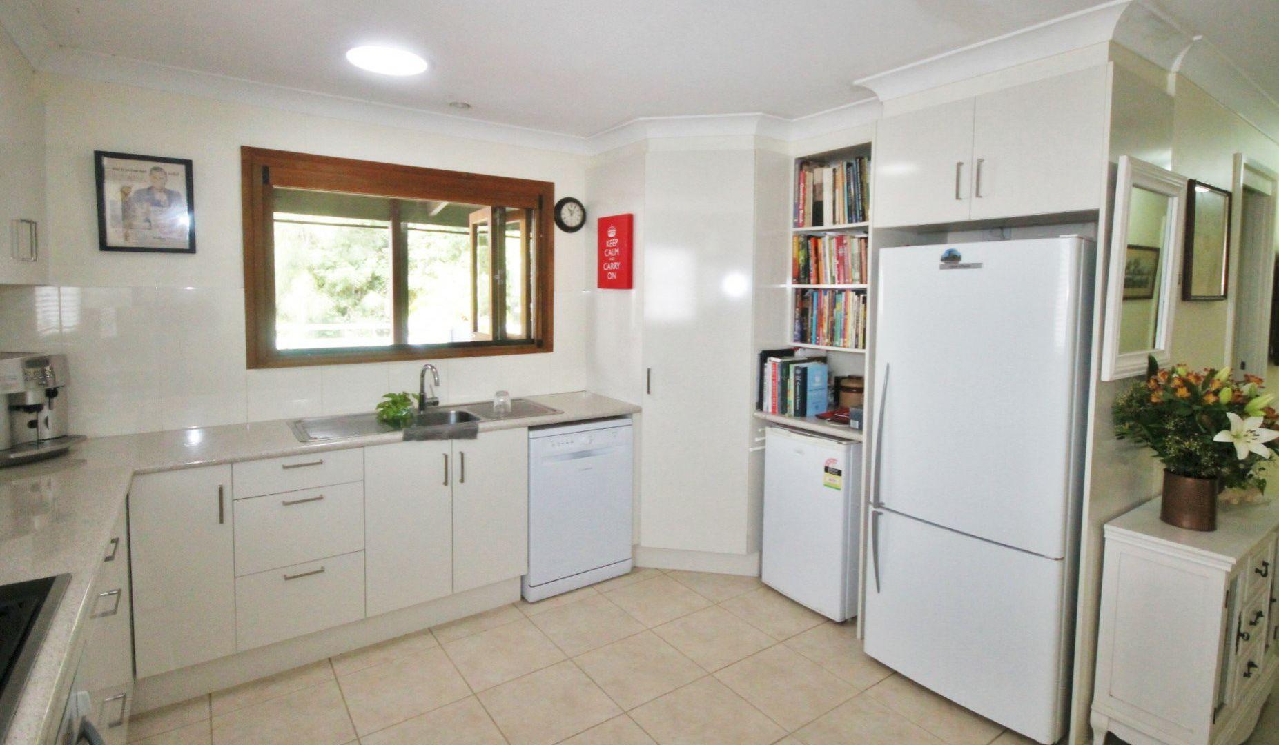 288 The Park Drive, Sanctuary Point NSW 2540, Image 2