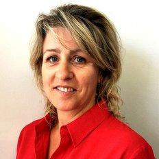 Deanna Schroder, Property manager