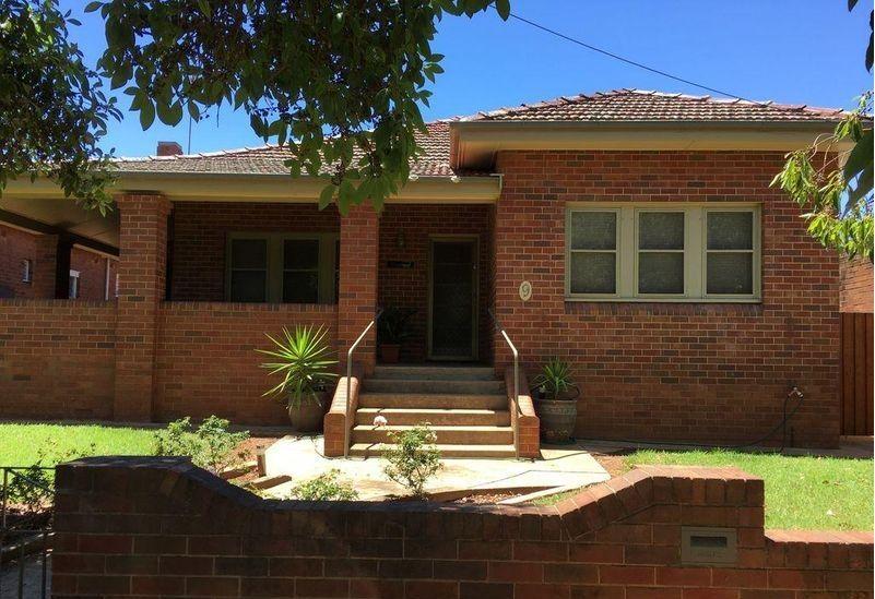 9 Phillip Street, Parkes NSW 2870, Image 0