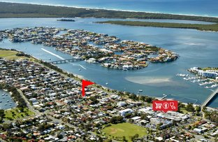 Picture of 1/10 Nankeen Avenue, Paradise Point QLD 4216