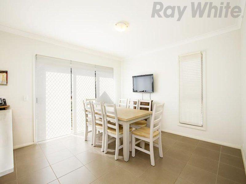 6 Jessie Street, Middleton Grange NSW 2171, Image 2