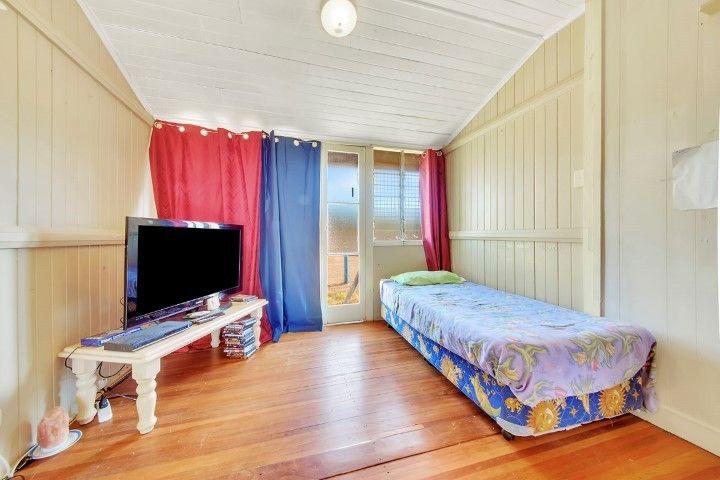 5A Glen Gordon Street, Mount Morgan QLD 4714, Image 2