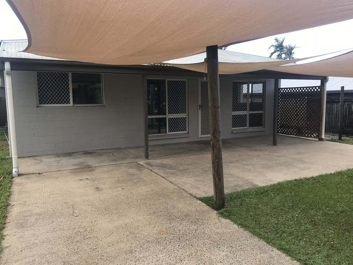 2/12 Keith Street, Whitfield QLD 4870, Image 0