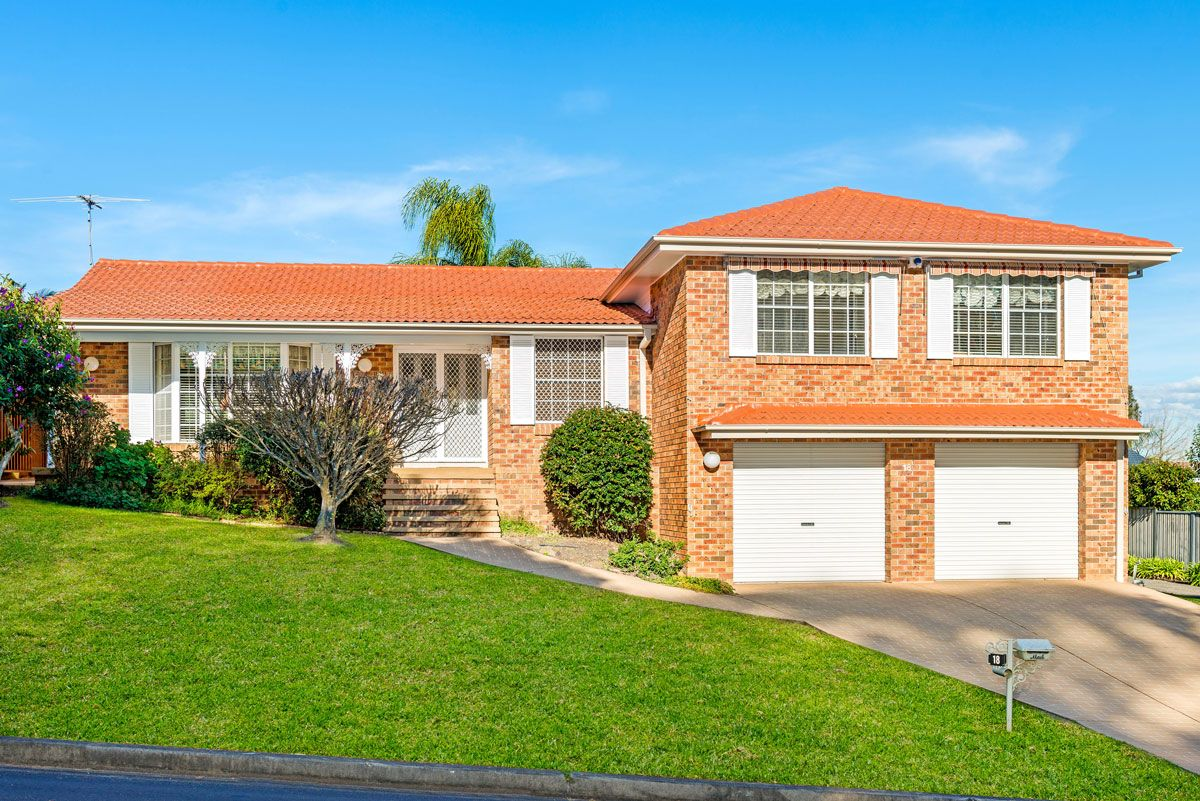 18 Bolwarra Crescent, Castle Hill NSW 2154, Image 0