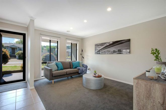 Picture of 56 Kathleen Crescent, TYABB VIC 3913