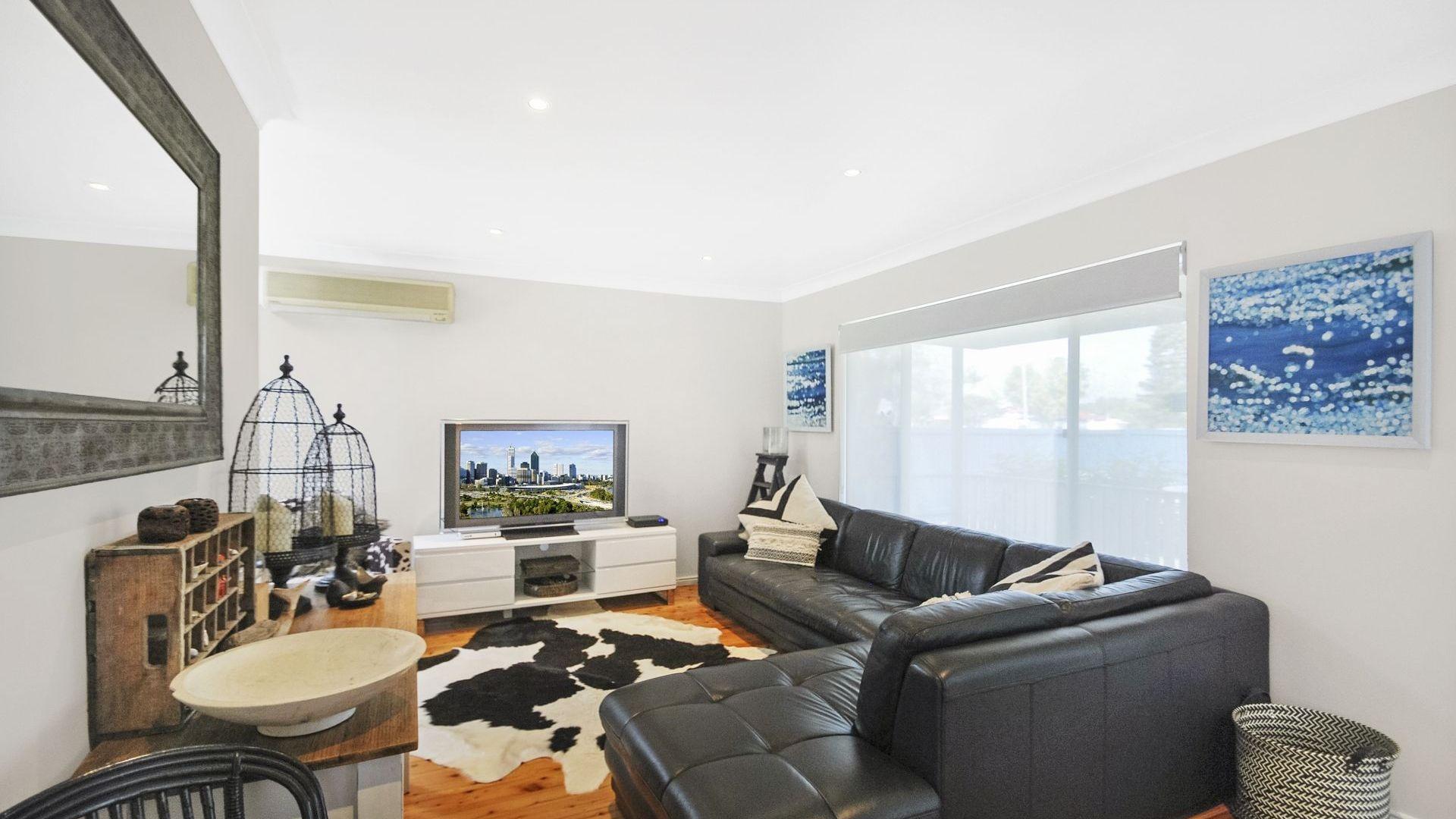 99 Avoca Drive, Kincumber NSW 2251, Image 2
