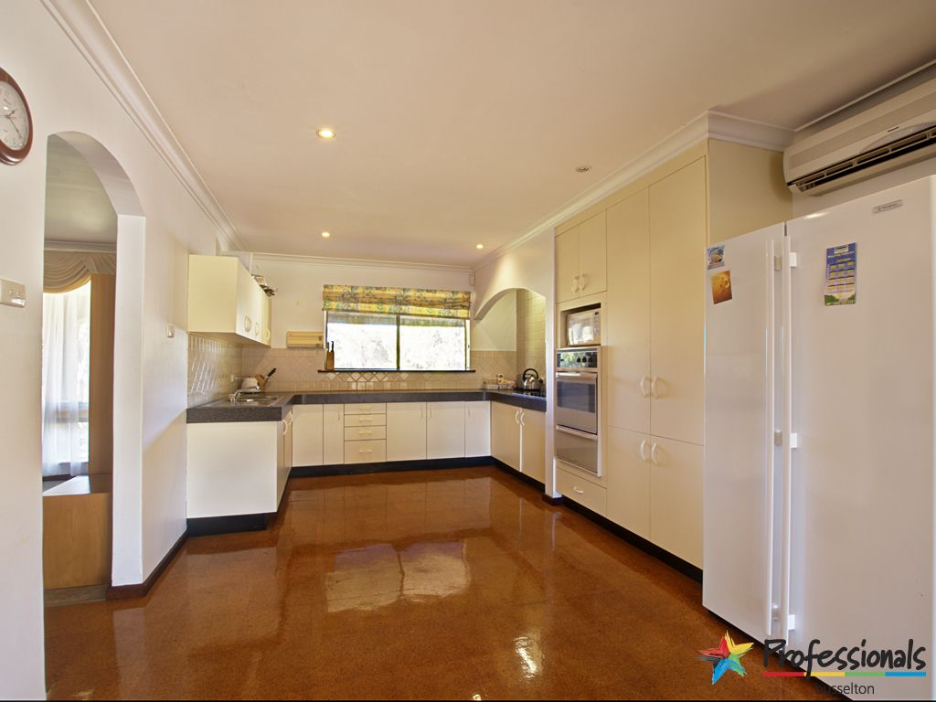 648 Geographe Bay Road, Broadwater WA 6280, Image 1
