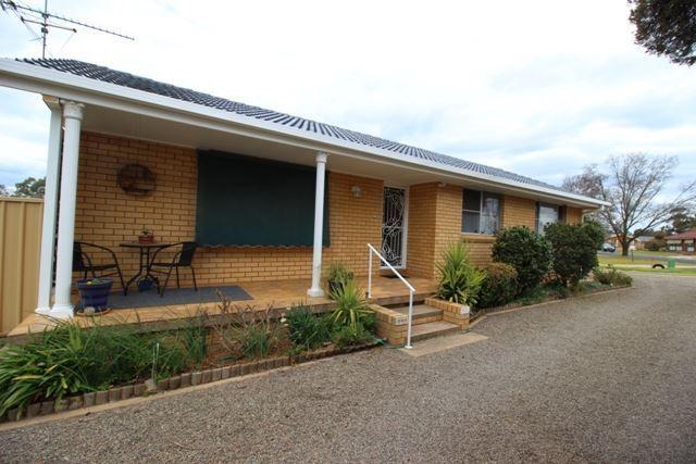 40 Cutler Avenue, Cootamundra NSW 2590, Image 0