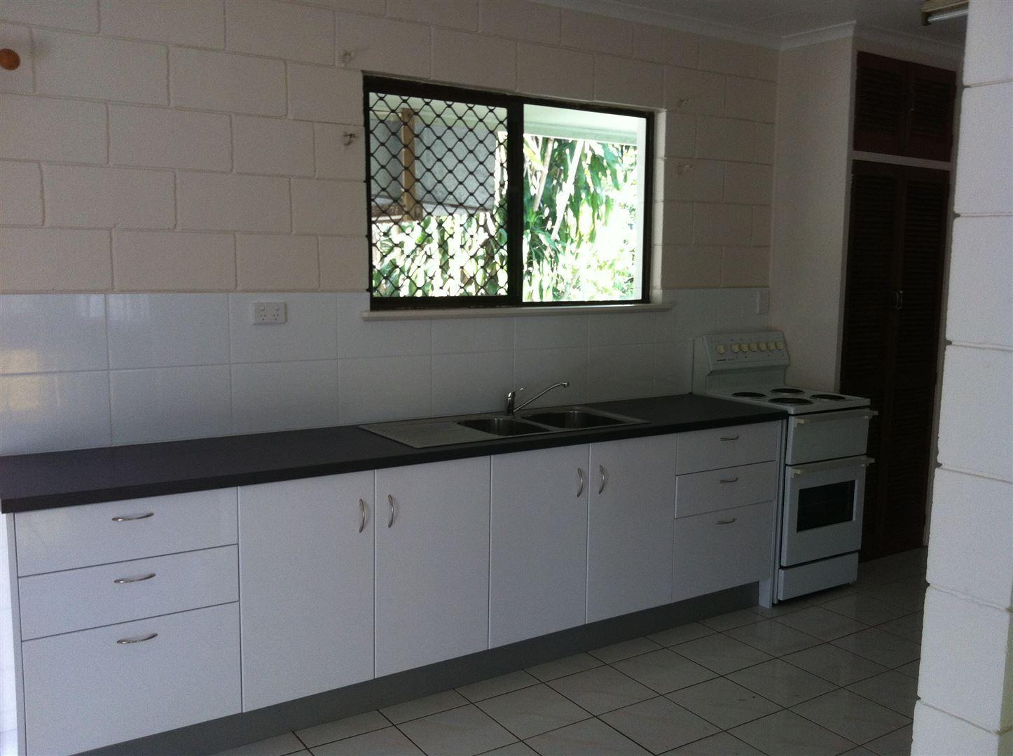 183 Victoria Street, Cardwell QLD 4849, Image 2