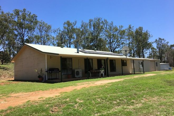 Picture of 3 Avery Court, COOYAR QLD 4402