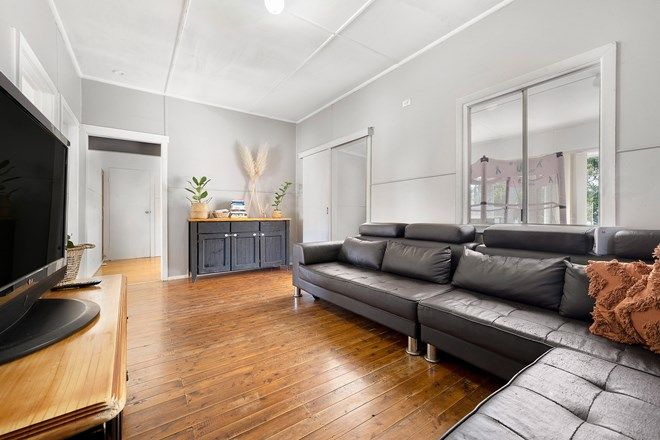 Picture of 42 Leonard  Avenue, TOUKLEY NSW 2263