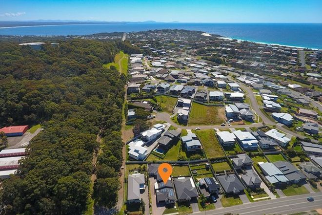 Picture of 1/95 Kularoo Drive, FORSTER NSW 2428