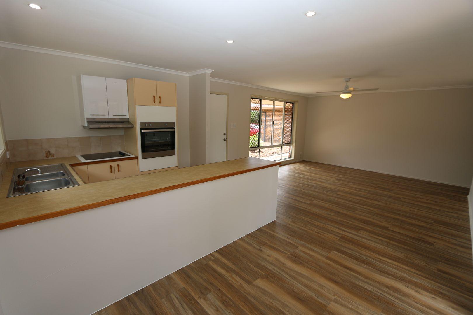 2/89 Corunna Crescent, Ashmore QLD 4214, Image 0