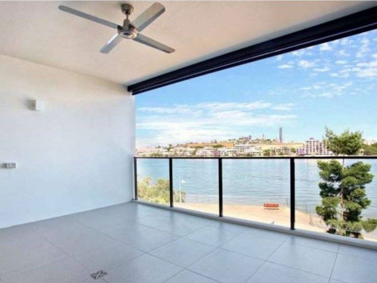 11/47 Addison Avenue, Bulimba QLD 4171, Image 1