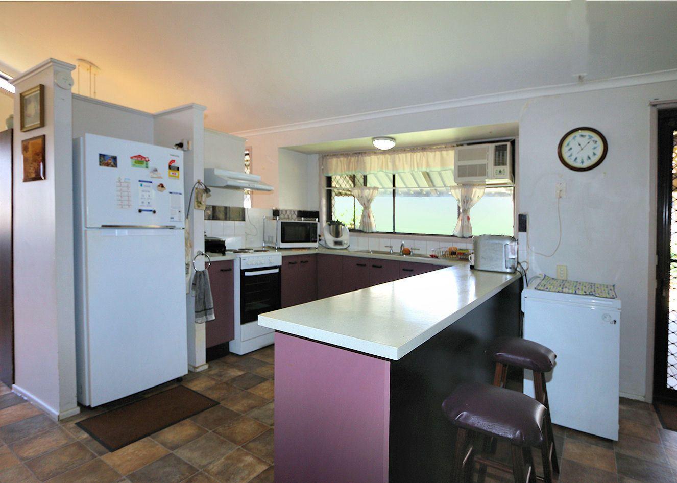 76 Wilfred St, Bargara QLD 4670, Image 2