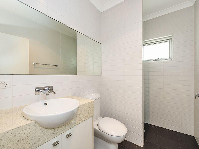 58 Pier Street, East Fremantle WA 6158, Image 2