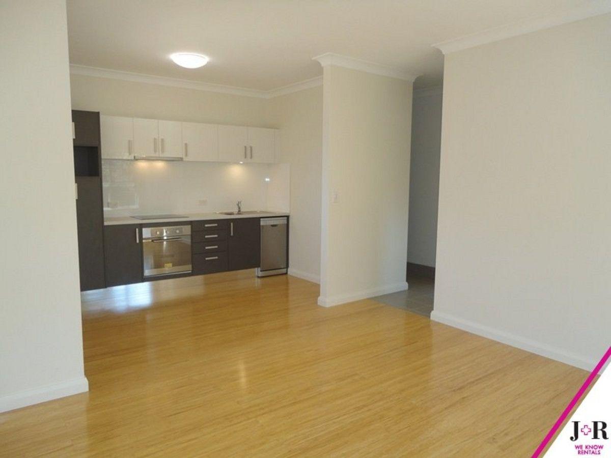 6 Dalton Avenue, Eastwood NSW 2122, Image 2