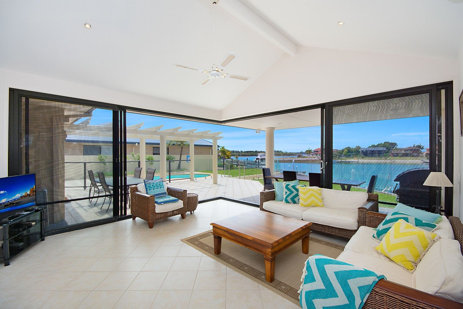 12 Edgewater Close, Yamba NSW 2464, Image 1