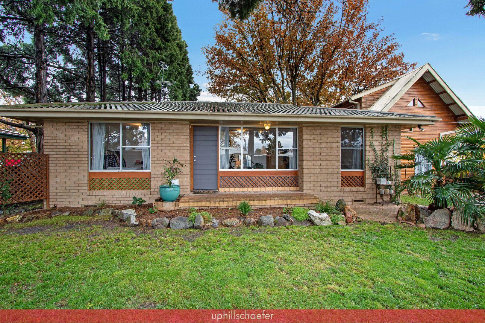 11 Claude Street, Armidale NSW 2350, Image 0