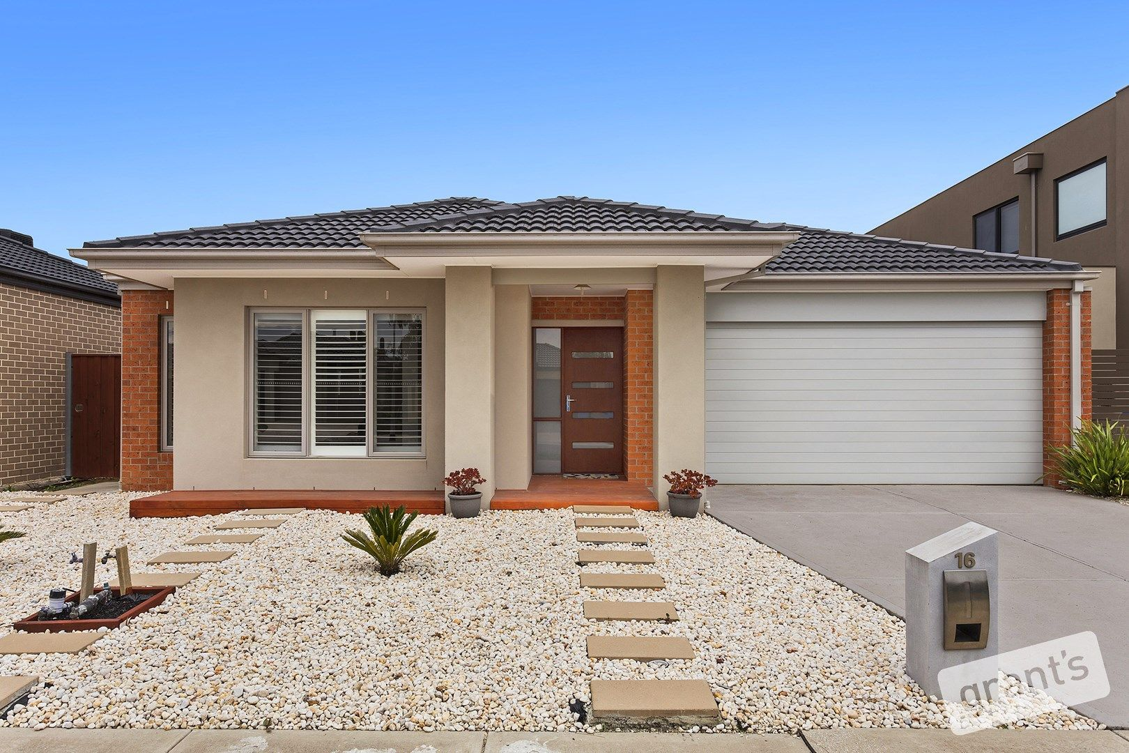 16 Brightstone Drive, Clyde North VIC 3978, Image 0