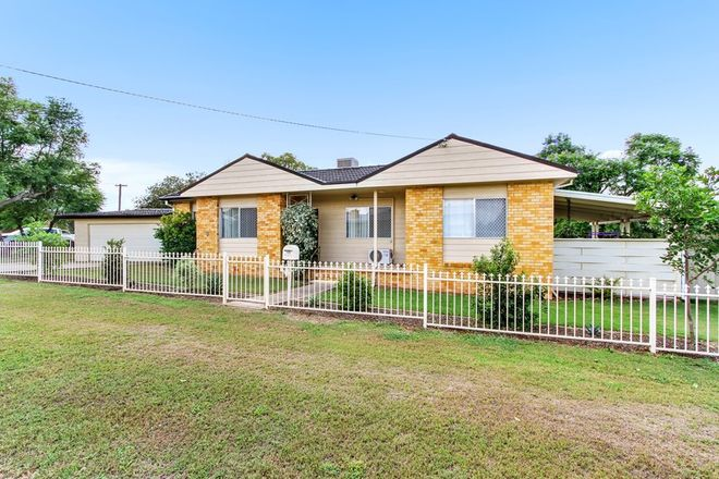 Picture of 41 Oak Street, TAMWORTH NSW 2340
