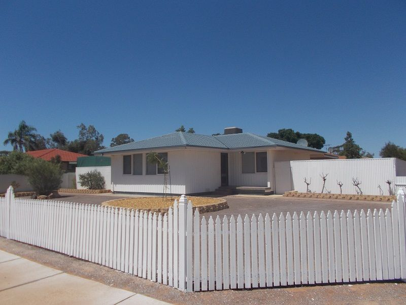 1 Kirwan Crescent, Port Augusta West SA 5700, Image 0
