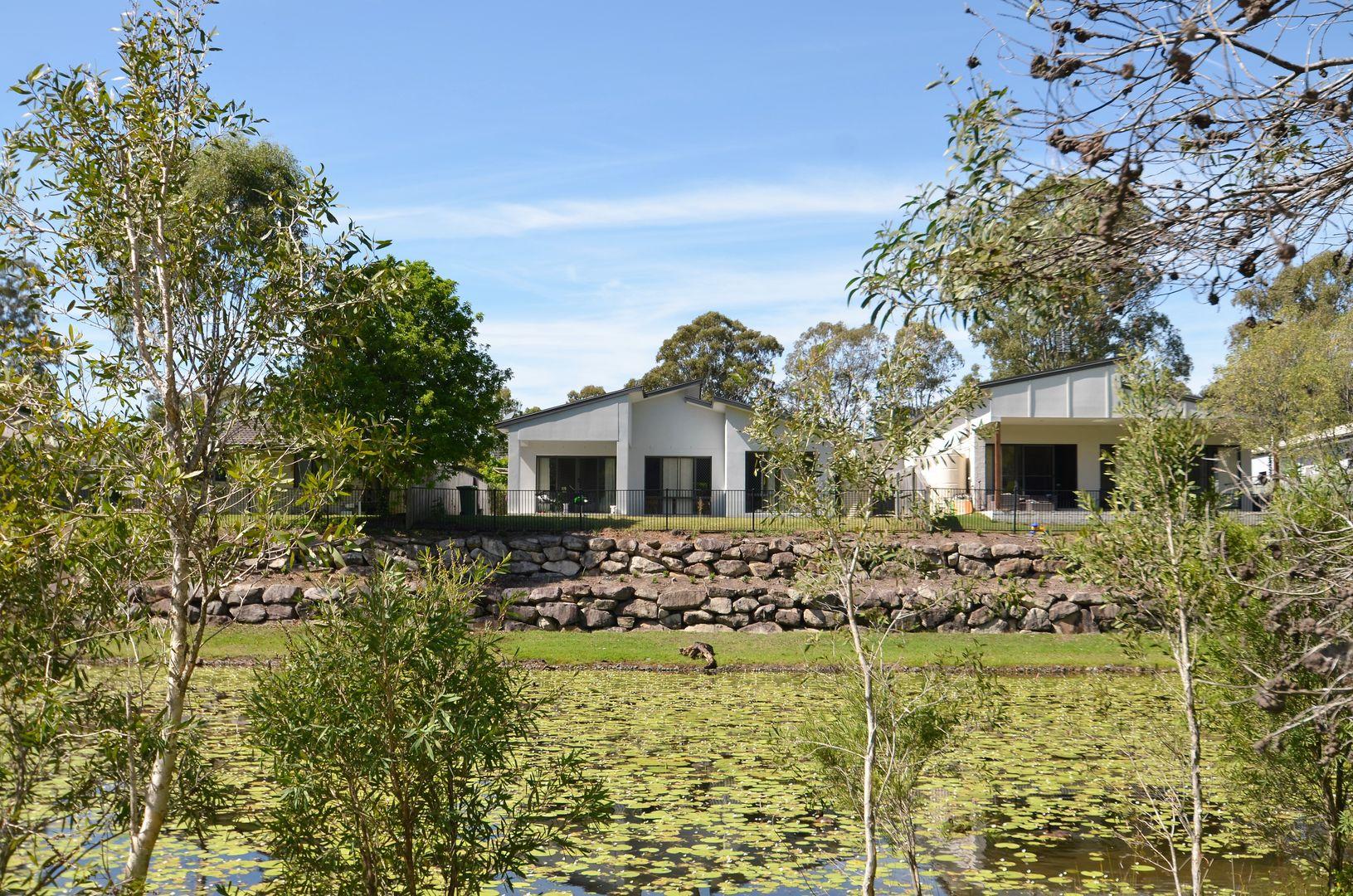 7 Laura Place, Varsity Lakes QLD 4227, Image 2