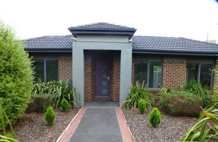 Picture of 1/37 Cash Street, Kingsbury VIC 3083