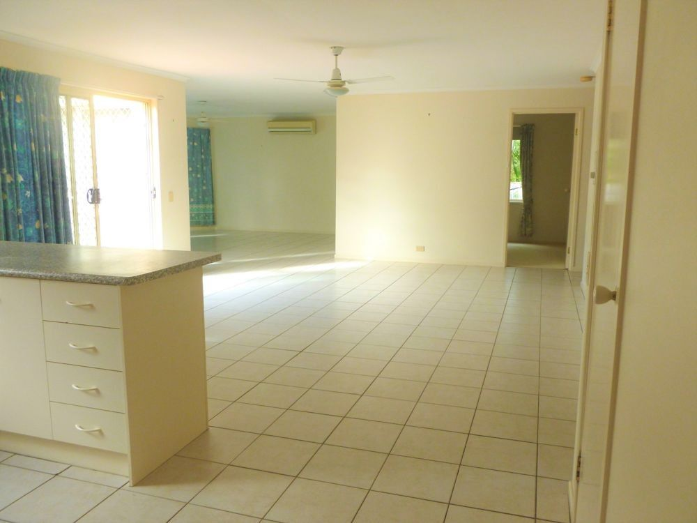 47 Angus Street, Sinnamon Park QLD 4073, Image 2