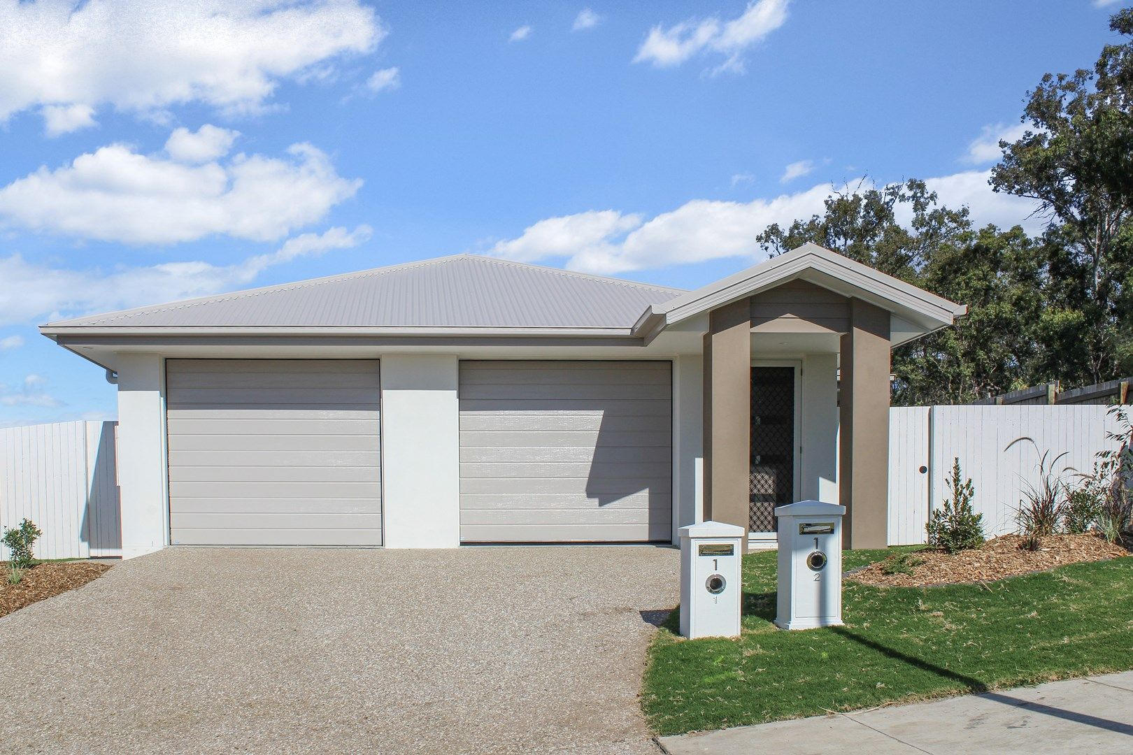2/1 Magpie Crescent, Redbank Plains QLD 4301, Image 0