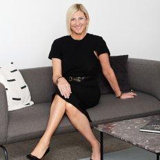 Cynthia Sajkunovic, Sales representative