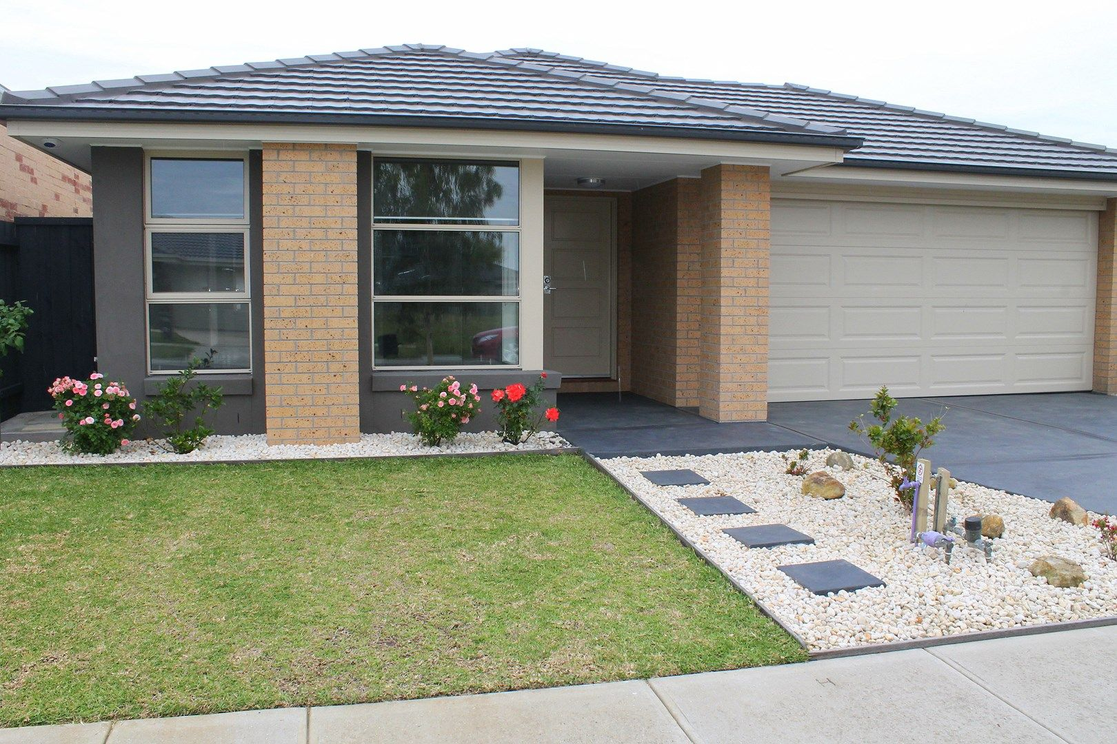 17 Verdant Avenue, Officer VIC 3809, Image 0