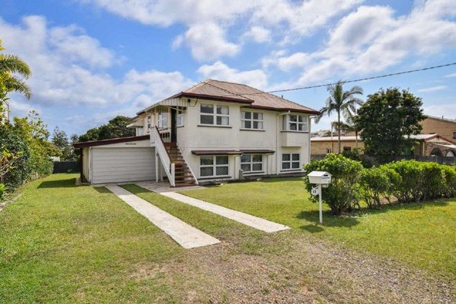 Picture of 13 Russell Street, MOFFAT BEACH QLD 4551