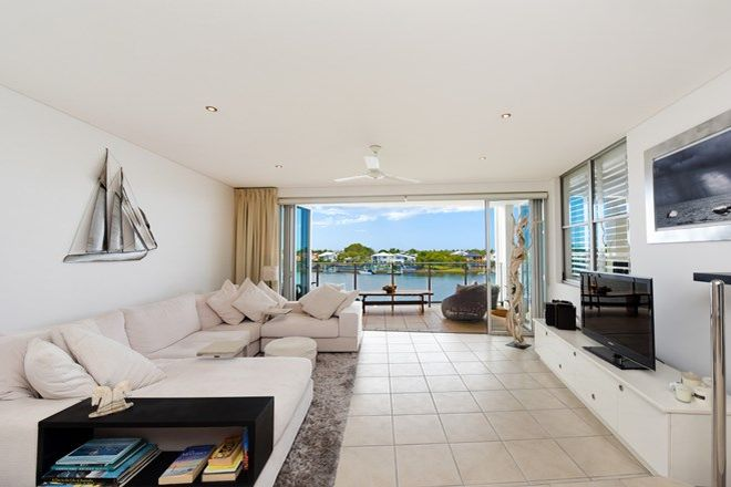 Picture of 13/7 Grand Parade, KAWANA ISLAND QLD 4575