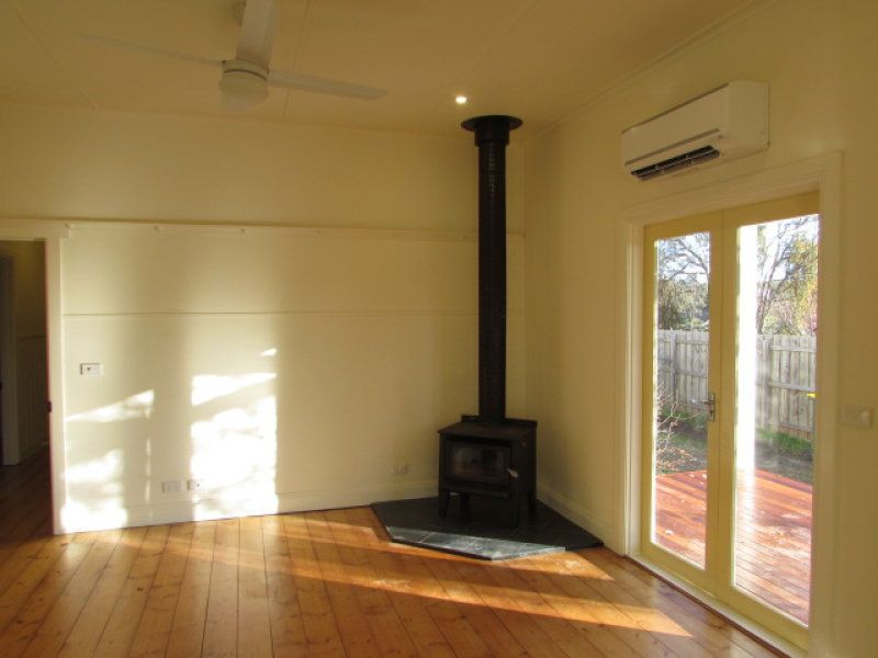198 Hargraves Street, Castlemaine VIC 3450, Image 2