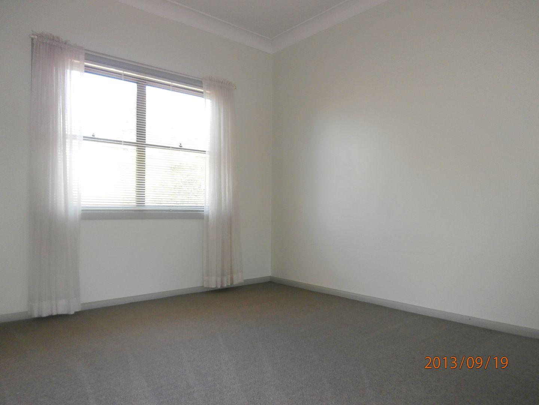 2/41 Yellagong Street, West Wollongong NSW 2500, Image 2