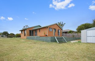 Picture of 20 Stirling Drive, Lakes Entrance VIC 3909