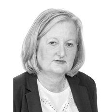 Angela Hocking, Sales representative