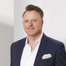 Luc Tomasino, Director / OIEC / Senior Auctioneer