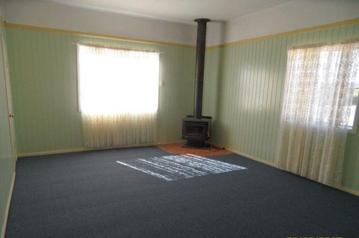 32 Denham Street, Stanthorpe QLD 4380, Image 1