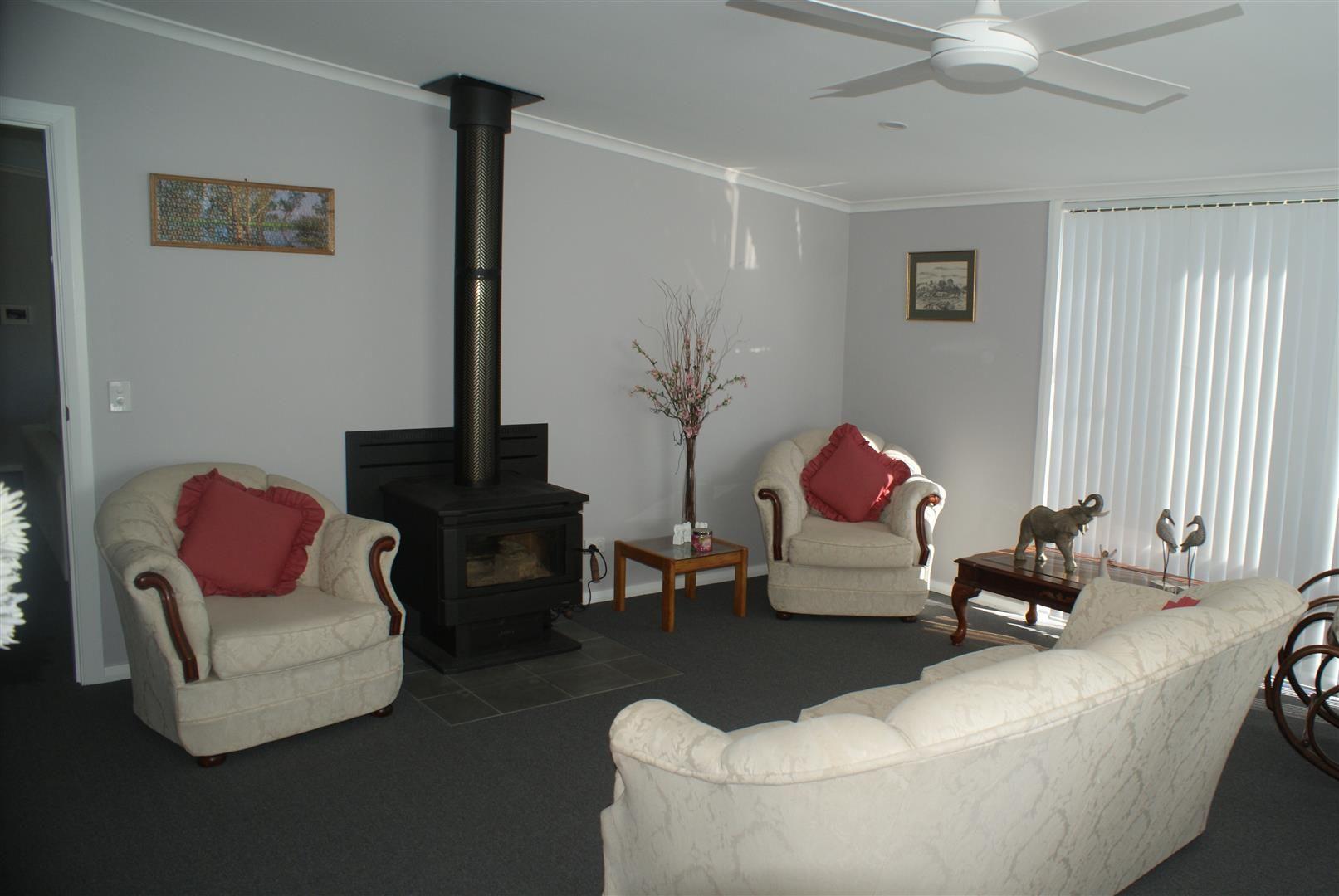114 Hazelglen Rd, Watsons Creek NSW 2355, Image 2