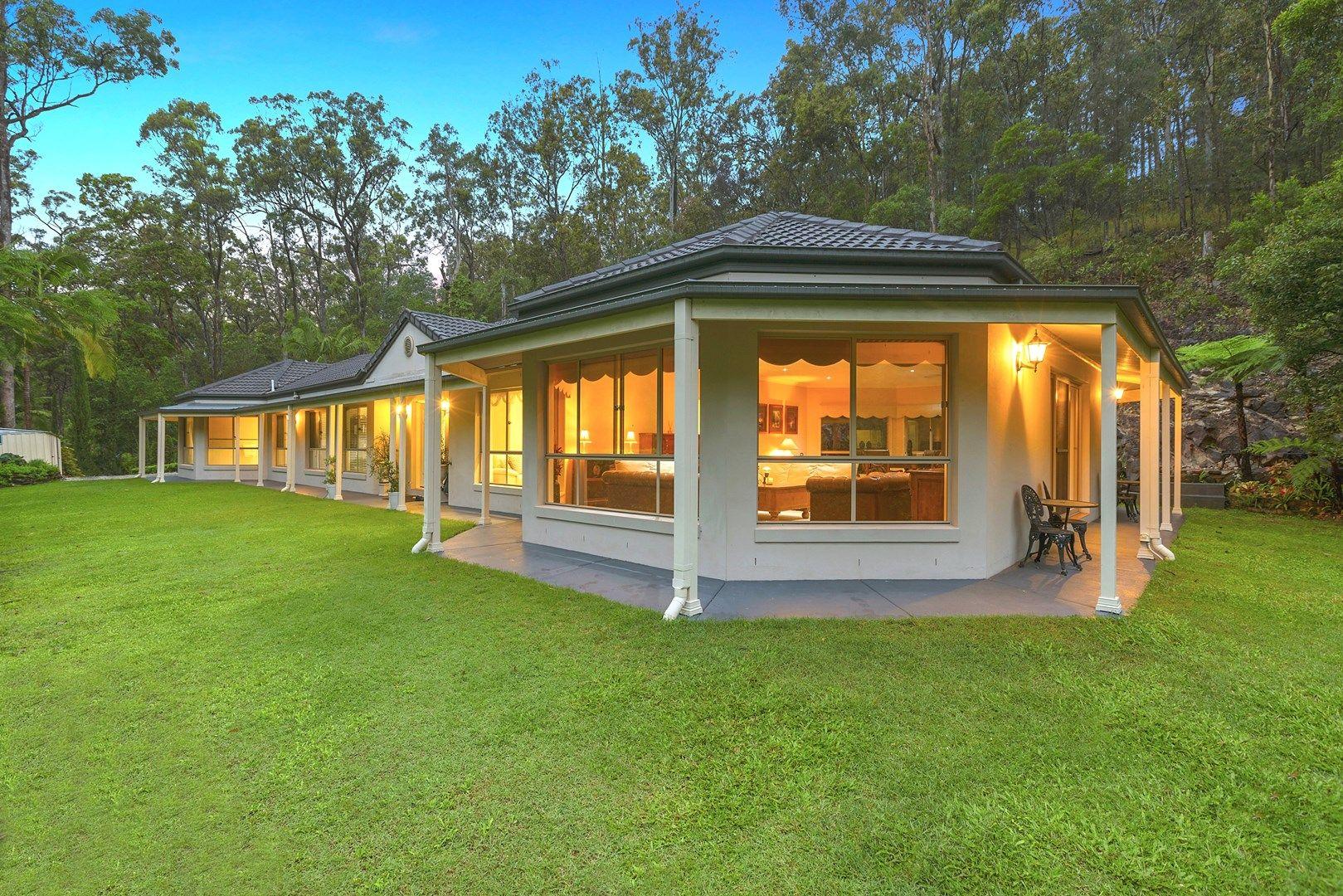 32 Leyshon Court, Bonogin QLD 4213, Image 0