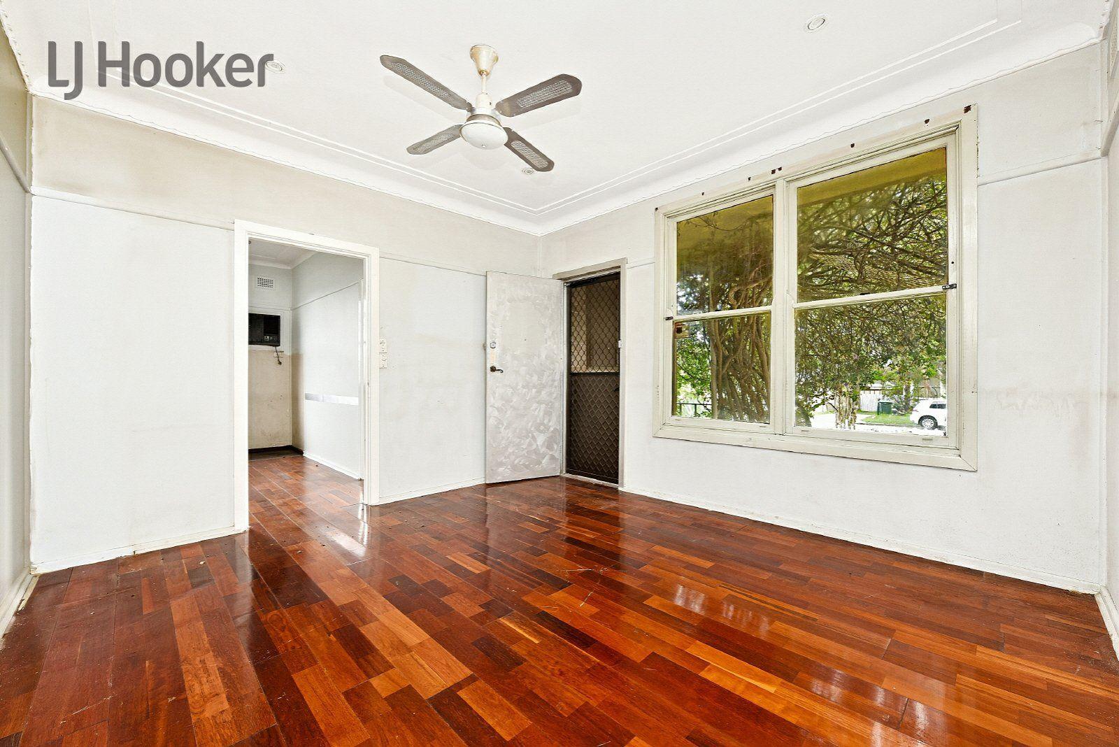 9 Ridge Street, Chester Hill NSW 2162, Image 2