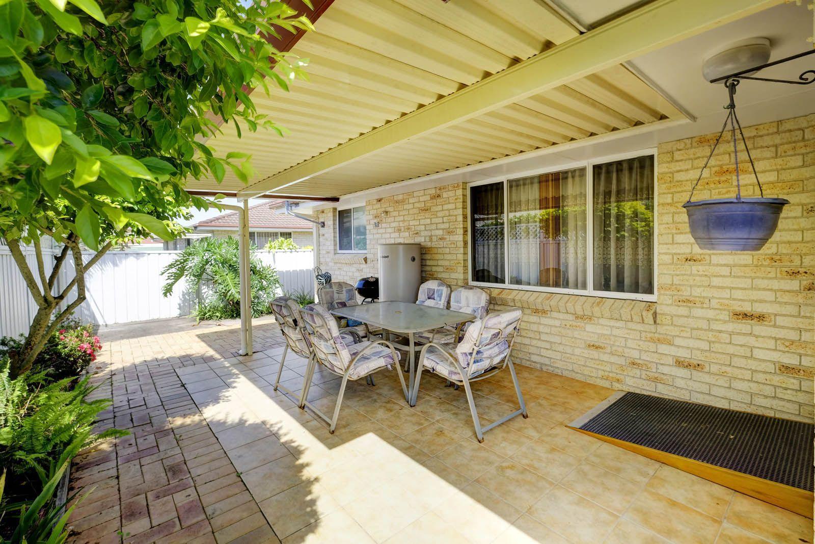 1/12 Amanda Crescent, Forster NSW 2428, Image 2